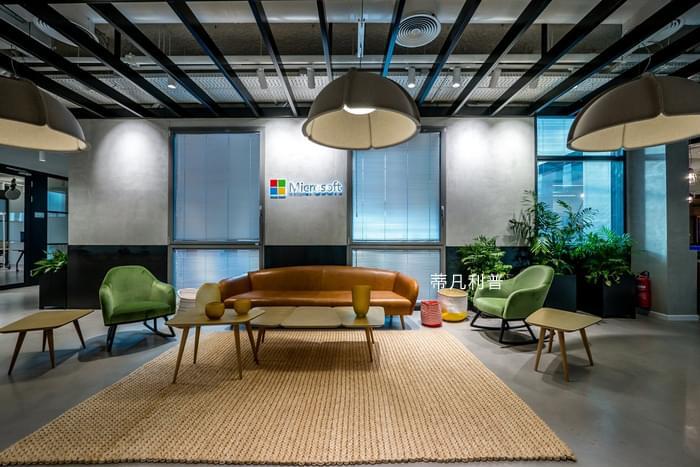 办公家具定制-微软的新空间,既酷又现代的人性化设计